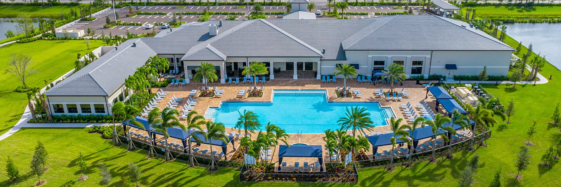 34,000-SQUARE FOOT CLUBHOUSE
