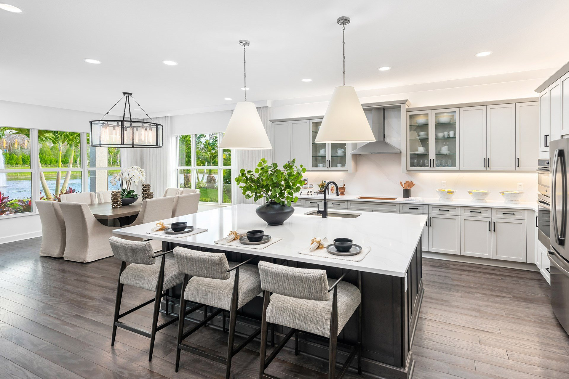 Sanibel Kitchen & Dining Room